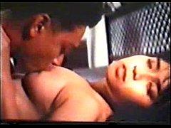 หนังโป๊ไทยยุคเก่าในตำนาน ต่าย เพ็ญพักตร์ ศิริกุล ตอนเป็นสาวอวบอึ๋มมาก ฉากเย็ดหีกันได้อารมณ์ ไซร้ซอกคอ เลียหี ดูหัวนม