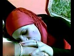 คลิปโป๊ทางบ้าน หลุดสาวมุสลิมชุดแดงโดนแอบตั้งกล้องถ่ายตอนโดนหลอกพามาเย็ดในห้องโคตรเด็ด