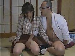 หนังxหีญี่ปุ่น สวิงกิ้งรุมเย็ดเเนวครอบครัวผัวเลียหีดูดนมให้ทำหน้าฟินน่าเย็ดมากๆ