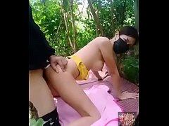 คลิปโป้ไทย พาเมียสาวสวยไปเย็ดกลางป่าอัดคลิปมือถือxxxเเล้วหลุดOutdoor thaiเย็ดกันย่านบางเขน