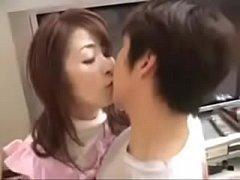 korea porn แม่ยายขี้เมา  เมาแล้วก็เงี่ยนยั่วควยลูกเขยทุกทีเลยต้องจัดชุดใหญ่ให้