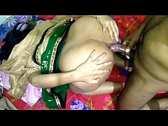 หนัง x  หนุ่มอินเดียตั้งกล้องวีดีโอถ่ายตอนกำลังเย็ดเมีย  จับเมียเย็ดตูดครั้งแรกใส่ถุงป้องกันสะด้วย