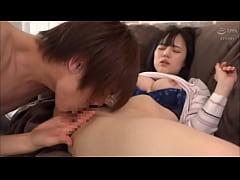 สาวญี่ปุ่นผมสั้นหน้าตาสวยโดนนวดหีจูบปากแลกลิ้นอมควยอย่างเพลิน