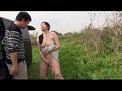 คลิปโป๊สาวญี่ปุ่นนัดหนุ่มหล่อมาเย็ดในป่าเอามือแหย่หีโบ๋ขย้ำนมอมควยเย็ดหีคาชุด