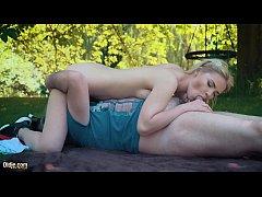 คลิปโป๊พาเมียไปนั่งเล่นที่สวนเงี่ยนเย็ดในสวนอมควยเลียหีเย็ดท่า69เย็ดจนควยมิดด้าม
